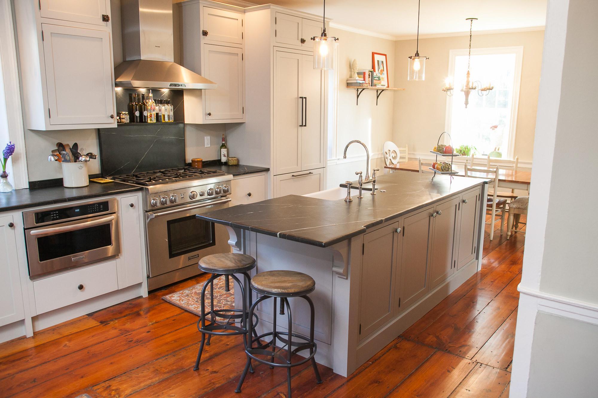Carter Republic House / Kitchen